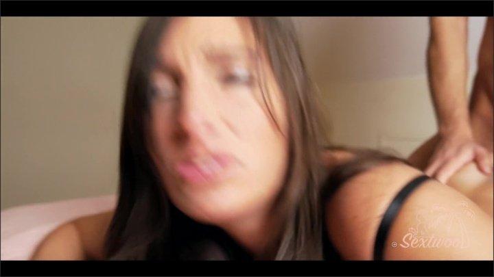 Pipe Et Baise Hard En Dirty Talk Sur Une Brunette Amateur Sextwoo