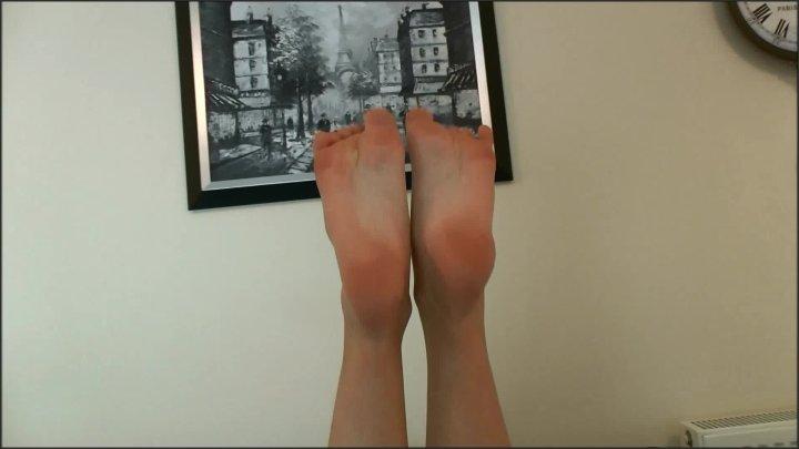 Sophia Smith Worship My Gorgeous Feet