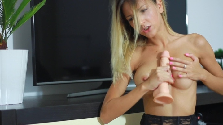 Sophiessticate Blow Job And Tits Fuck
