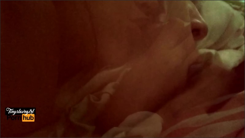 [Full HD] Quicky Me Despiertan Mamando Verga  - Tinyslavegirl - -00:06:10 | Latina, Pussy Licking, Reality - 145,4 MB