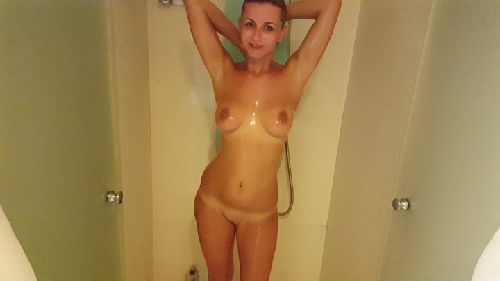 [Full HD] Xx Isla Xx Free Video Shower Time - Xx Isla Xx - ManyVids - 00:04:56 | Softcore, Solo Female, Nudity/Naked - 996,7 MB